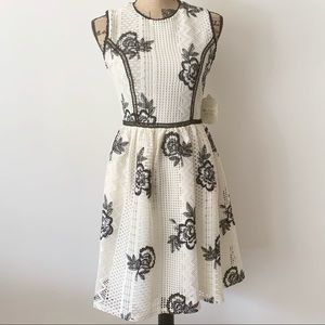 Altar'd State Black/White Floral Sleeveless Dress